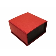 Коробка Present Paper FB1105 Red Black (картон, на магните, 65х63х35мм)