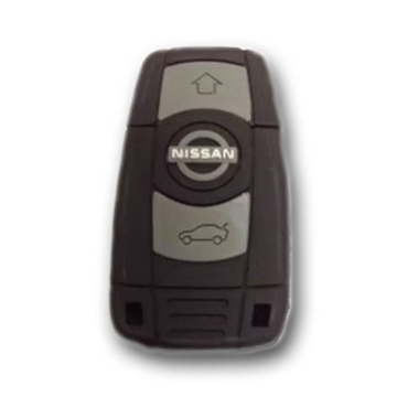 Оригинальная подарочная флешка Present ORIG199 32GB (ключ-брелок от Nissan, без блистера)