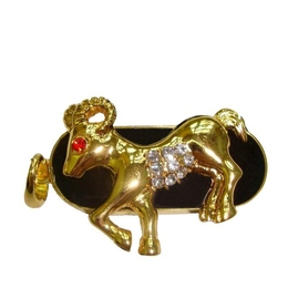 Оригинальная подарочная флешка Present ZODIAC06 16GB (знак зодиака овен на темном фоне, камни в глазу и на брюхе, закругленные рога)