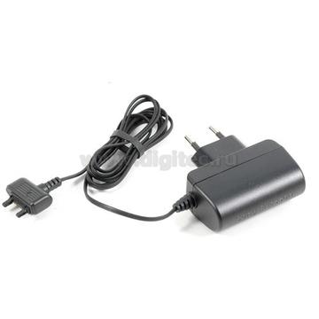 Зарядное устройство SonyEricsson CST-15
